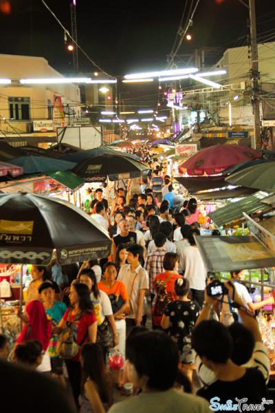 Amphawa floating market 02