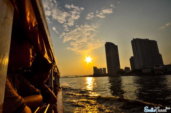 Asiatique the Riverfront 02