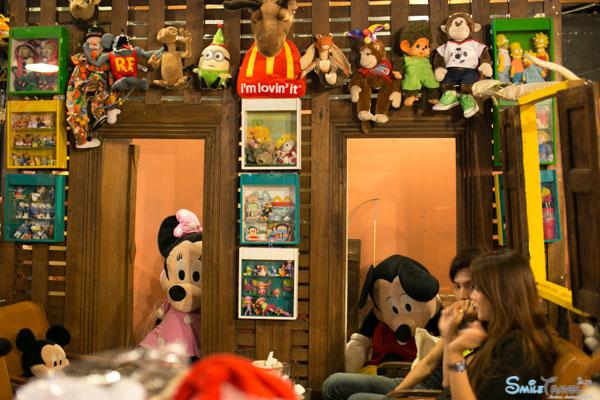 Retro Bear Cafe-19