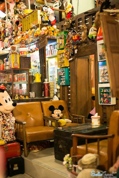 Retro Bear Cafe-25
